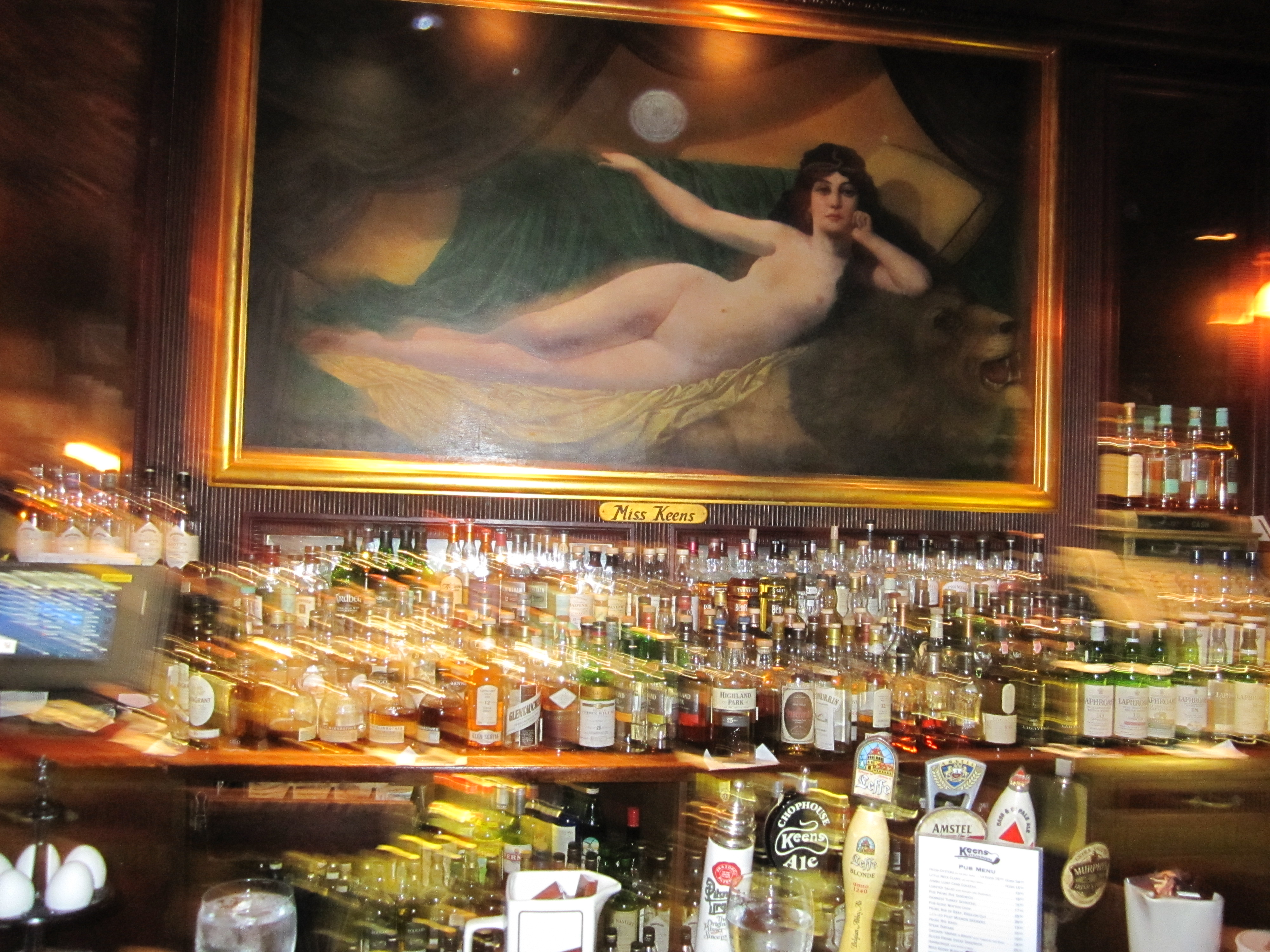 Bar Review – Keen\'s Steakhouse, NYC – It\'s just the booze dancing…