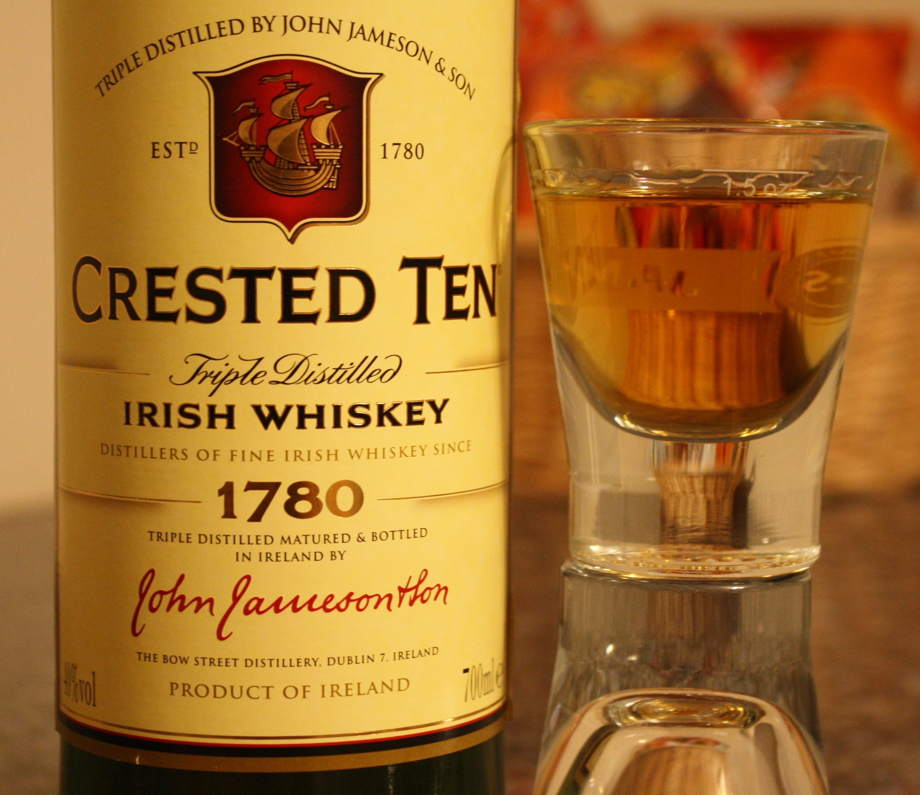 Whiskey Review – Jameson Crested Ten – It\'s just the booze dancing…