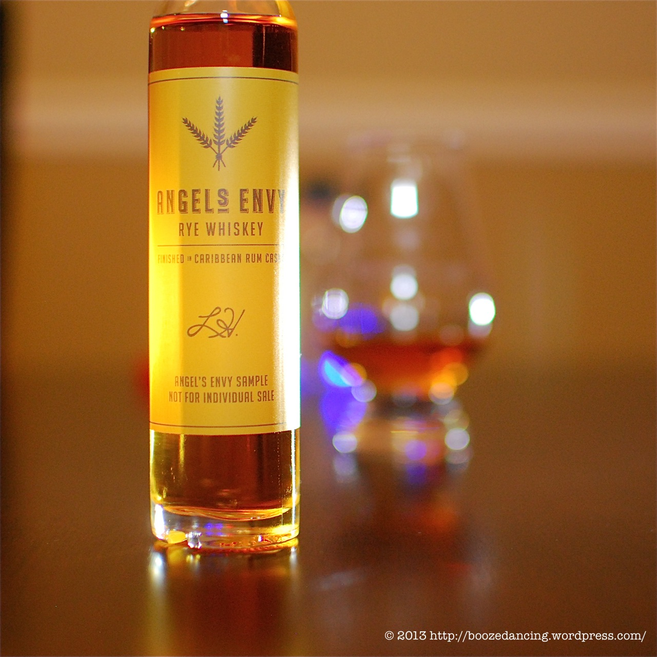472698dba52 Whiskey Review – Angel s Envy Rye – It s just the booze dancing…