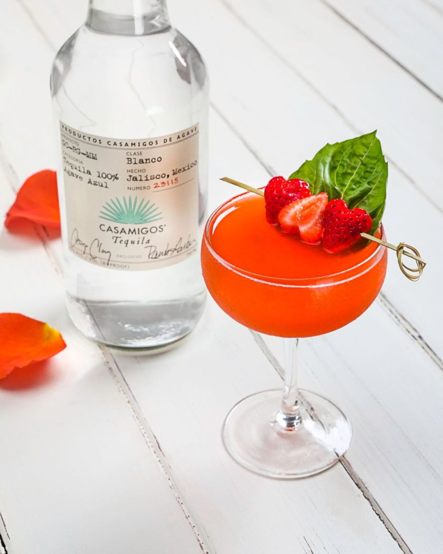 casamigos-strawberry-smash